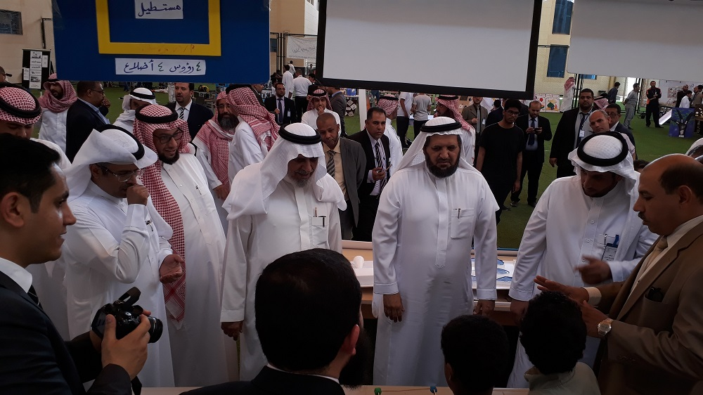 lمعرض الأنشطة التعليمية لمدارس الرواد -فرع اشبيلية - بنين