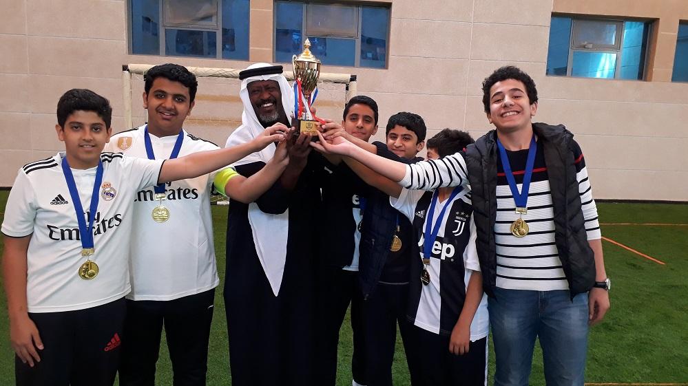 بطولة دوري صقر الجزيرة لكرة القدم بمتوسطة الرواد فرع إشبيلية